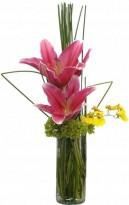 Ikebana de Lírios Rosa