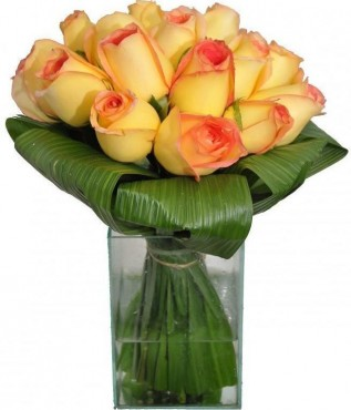 Rosas Ambiênce No Vidro Médio